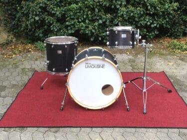 Drum-Limousine-Black-Leather