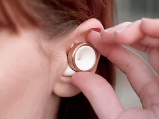 Knops-Gold-Plated-Ring-White-Ear