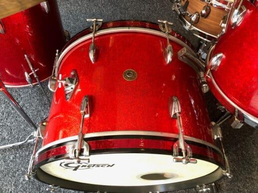 Gretsch-Round-Badge-1952-Red-Sparkle-bassdrum