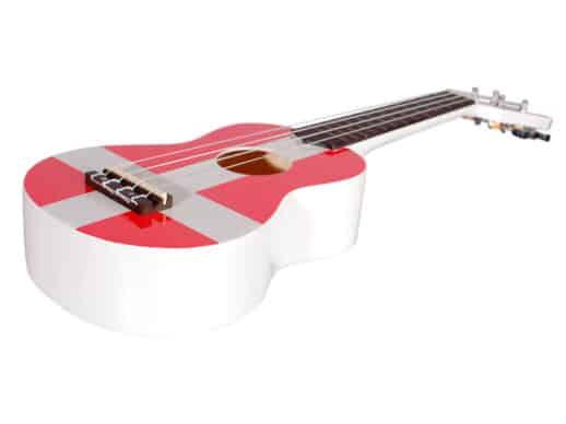 Santana-01-DK-ukulele-SIDE